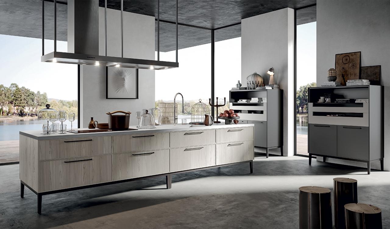 cucina in laminato finitura legno di larice e grigio opaco con piano ...