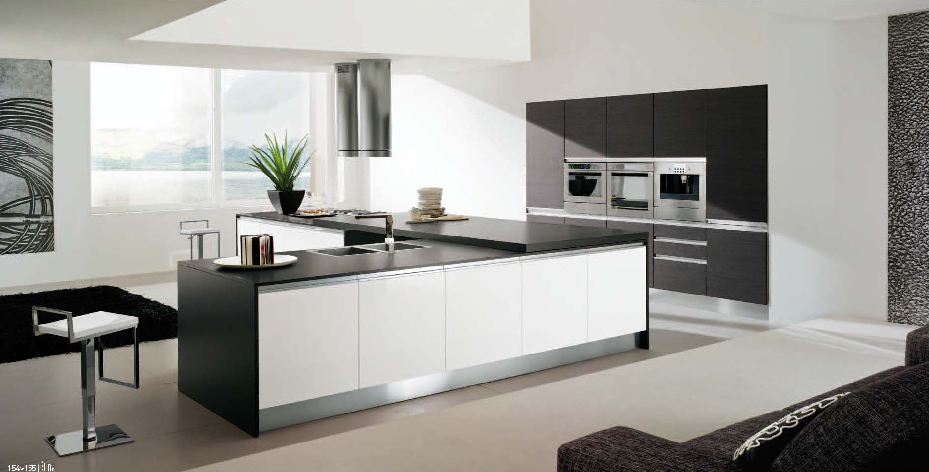 Cucina in laminato bianco arredamento moderno - Laminato in cucina ...