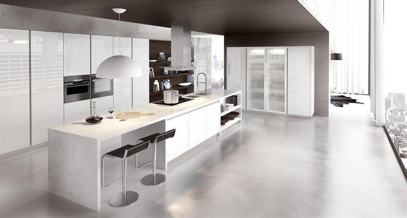 Cucina con anta telaio inox e vetro temperato - Arredamento moderno