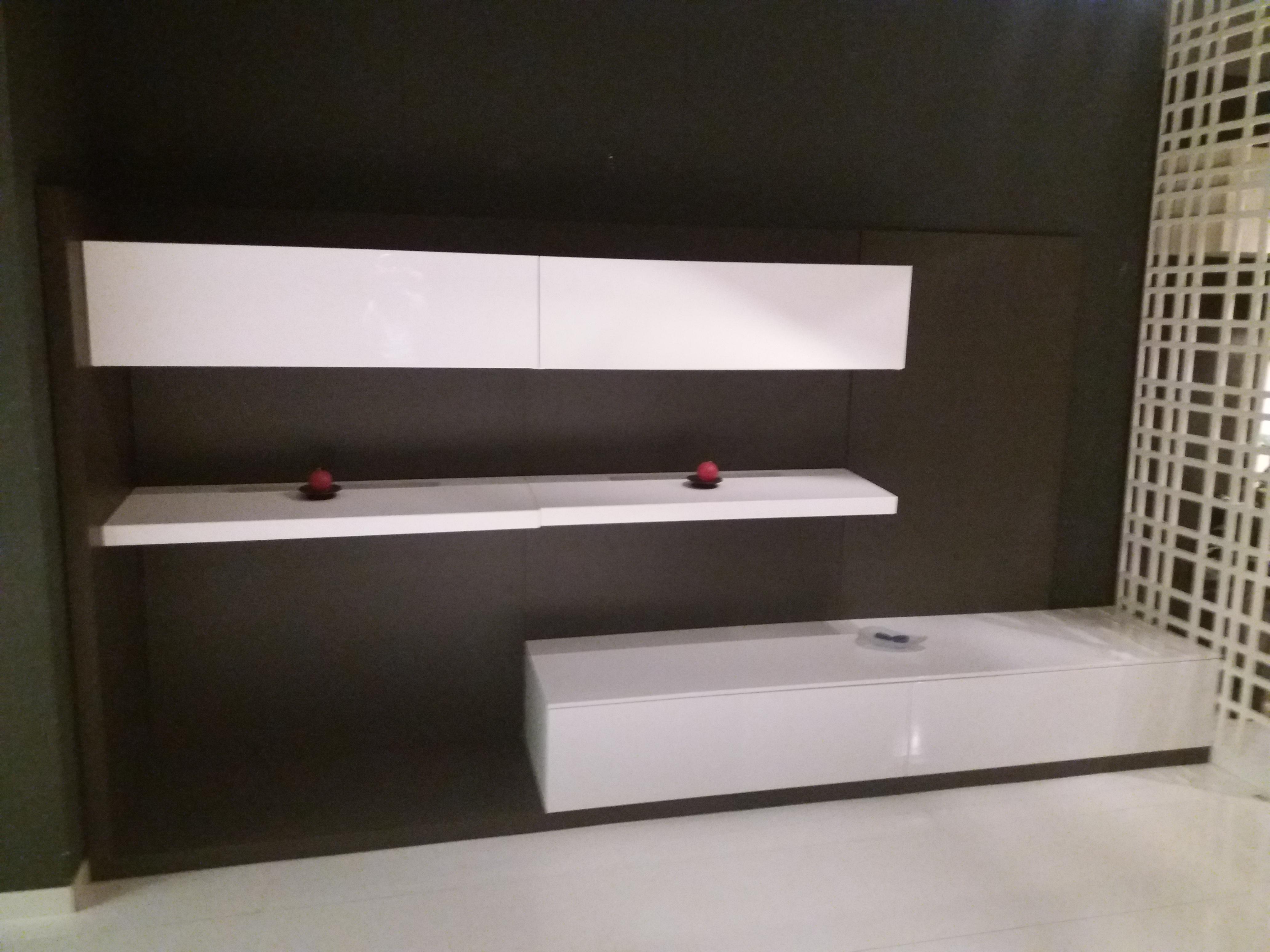 Soggiorno Rovere Grigio : Soggiorno rovere grigio e bianco lucido mobili arredamento